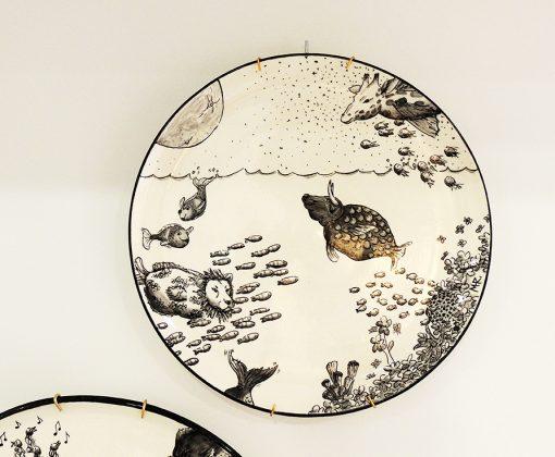 plato decorativo ceramica ictiologia onirica